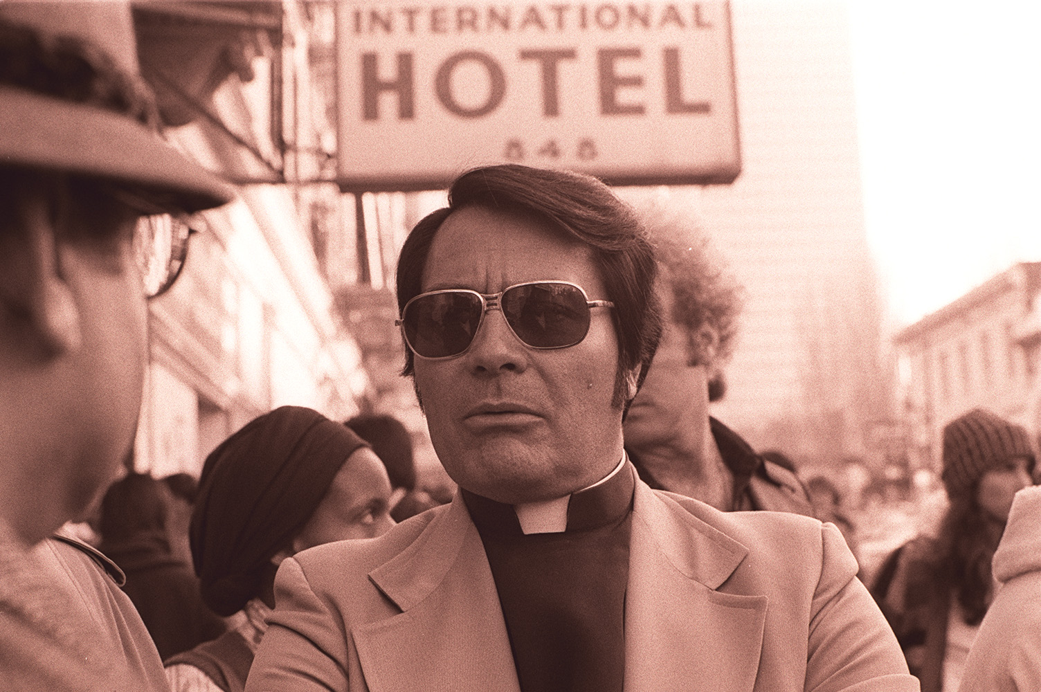 jim-jones-in-front-of-the-international-hotel