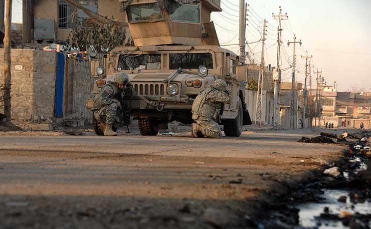 iraq-war-american-humvee