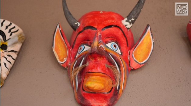 st-hubrertus-ritural-mask
